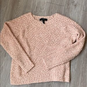 Forever 21 Shell 🐚 Pink Sweater Size Medium